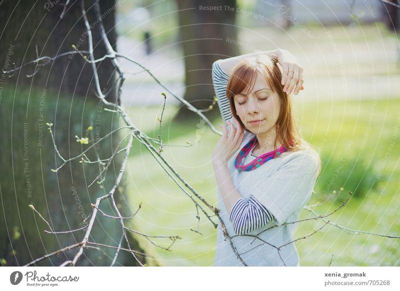 Frühling Mensch Frau Kind Jugendliche Ferien & Urlaub & Reisen Sommer Sonne Erholung Junge Frau ruhig 18-30 Jahre Erwachsene Leben feminin Bewegung
