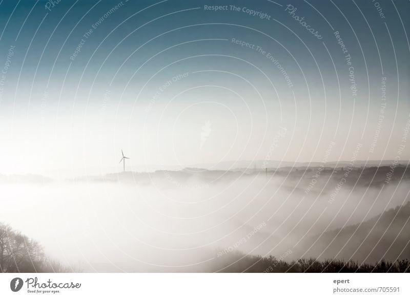 Blick vom Caradhras Windkraftanlage Natur Landschaft Himmel Wetter Nebel Baum Wald Hügel Berge u. Gebirge ästhetisch Unendlichkeit weich ruhig Stimmung Umwelt
