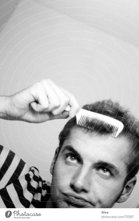 Hübsch machen schön Streifen Kreis Lust Spiegel Bad Morgen stylen Stil Haarpflege Kamm Haare & Frisuren T-Shirt Begeisterung Langeweile Bürste verschönern