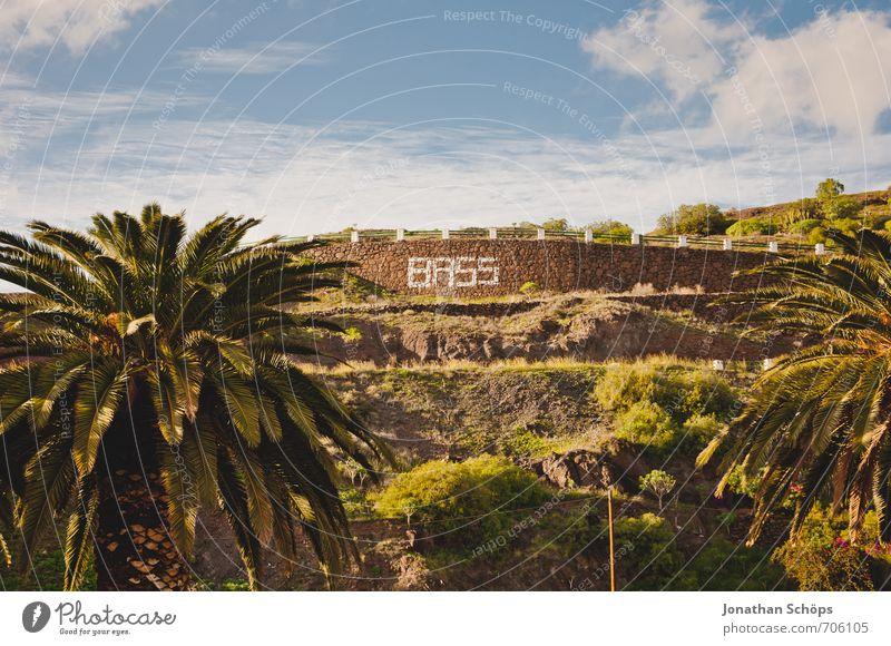 BASS II Himmel Natur Pflanze Baum Landschaft Wolken Umwelt Berge u. Gebirge Wärme Graffiti Mauer Felsen Park Schriftzeichen Insel Spanien