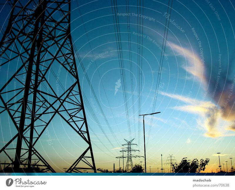 GOOD OLD BREMEN | himmel wolken clouds energie strom energy Himmel blau Wolken groß Elektrizität Laterne Abschied Strommast