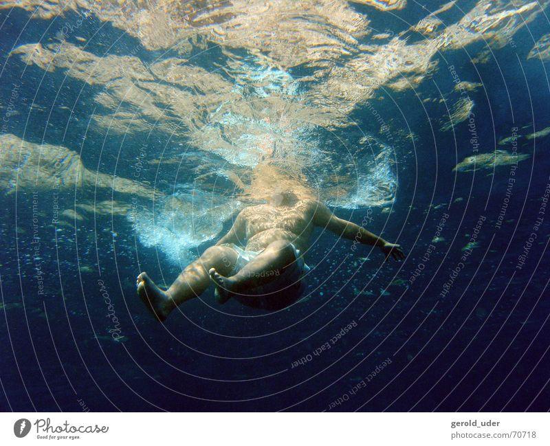 Kühles Nass Wasser Meer kalt Schwimmen & Baden nass Übergewicht Erfrischung dick Schweben Fett
