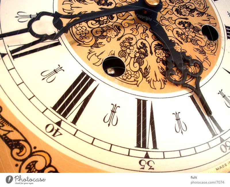Uhr Ziffern & Zahlen Häusliches Leben Uhrenzeiger Römische Zahlen