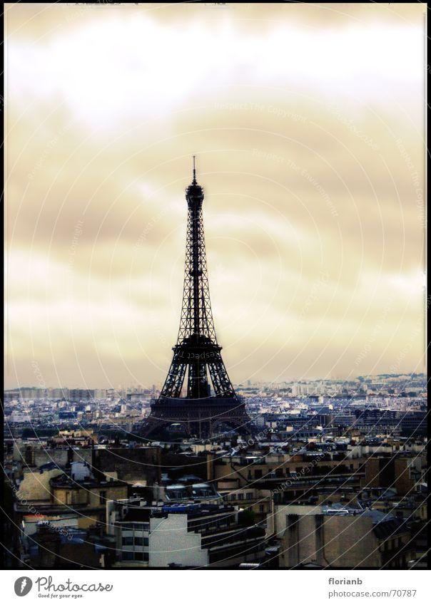 Eiffelturm Himmel Stadt Freude Haus Wolken Landschaft orange Europa Turm Paris Frankreich Tour d'Eiffel