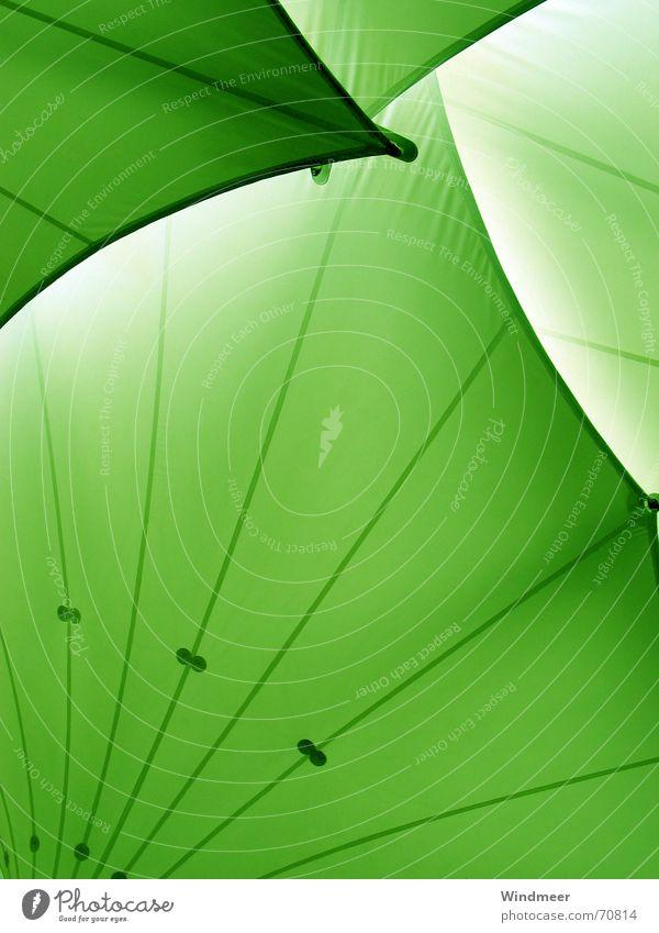 Grün grün Regen Wellen Ecke Dach Schutz Streifen Bogen Lamelle Schutzdach