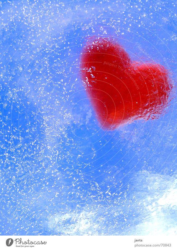 Eingefroren Wasser Himmel blau rot Liebe kalt Luft Eis Herz Hoffnung Vertrauen Schmerz gefroren blasen Luftblase Schwäche