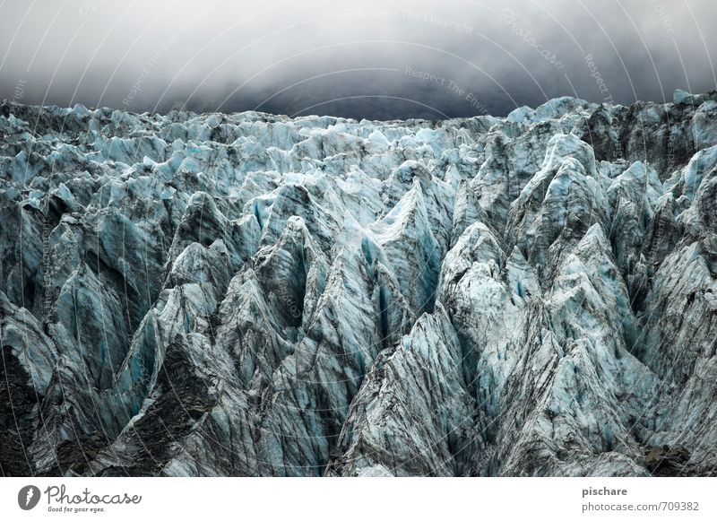 On the Rocks Natur Landschaft Wolken Eis Frost Alpen Berge u. Gebirge Schneebedeckte Gipfel Gletscher außergewöhnlich dunkel eckig kalt blau Abenteuer
