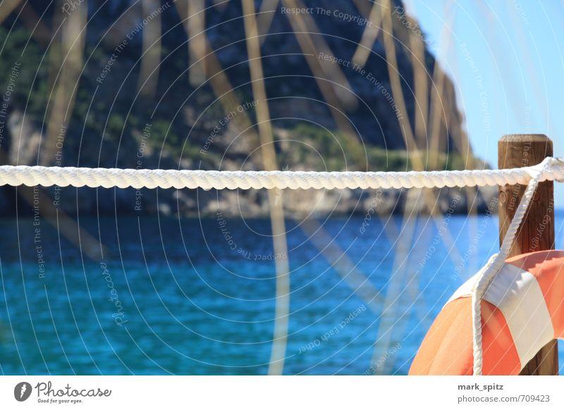 Beachclub II Abenteuer Ausflug blau Bucht Coolness Erholung erleben Felsen Ferien & Urlaub Reisen Ferne Fernweh Fischerdorf genießen Hafenstadt Himmel Horizont