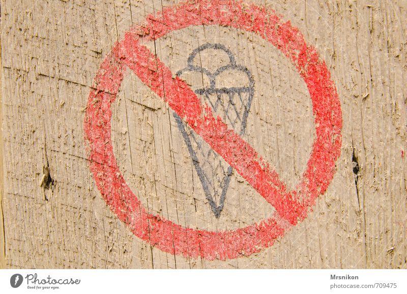 Eisverbot Speiseeis Süßwaren Italienische Küche Zeichen Hinweisschild Warnschild Laster zurückhalten Verbote Holzbrett Verbotsschild Warnhinweis Warnung