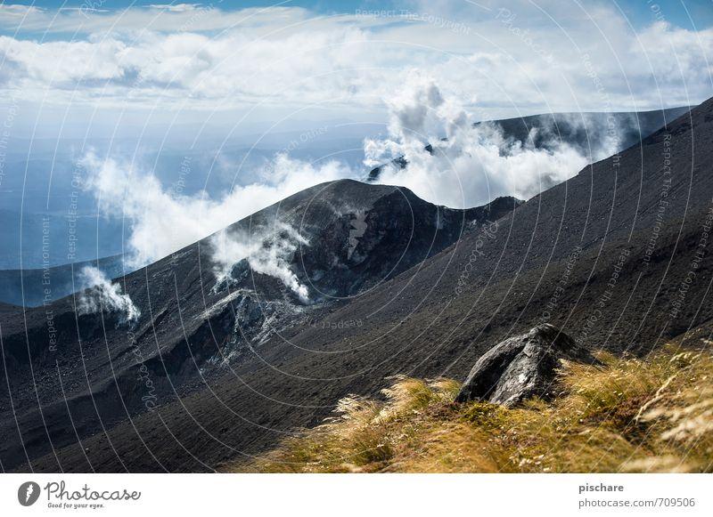 Aktivität Natur Landschaft Berge u. Gebirge bedrohlich Urelemente Feuer Abenteuer Vulkan Rauchwolke