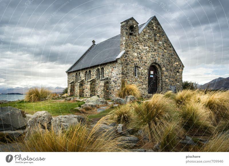 Church of the good shepherd Ferien & Urlaub & Reisen Landschaft Wolken dunkel Kirche Bauwerk Sehenswürdigkeit schlechtes Wetter Neuseeland Lake Tekapo