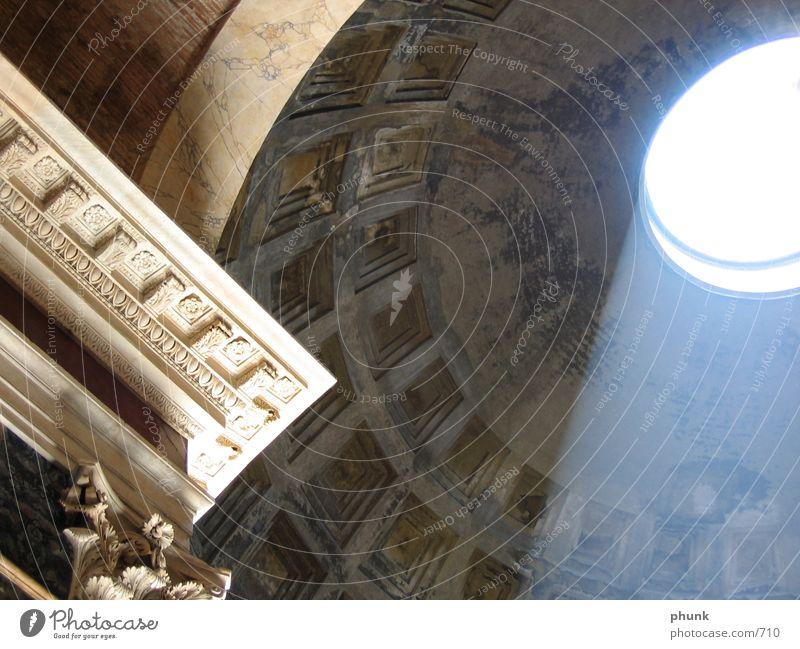 pantheon Rom Italien Licht Sims Architektur Schatten ewige stadt Pantheon Lichteinfall Gewölbe Kuppeldach