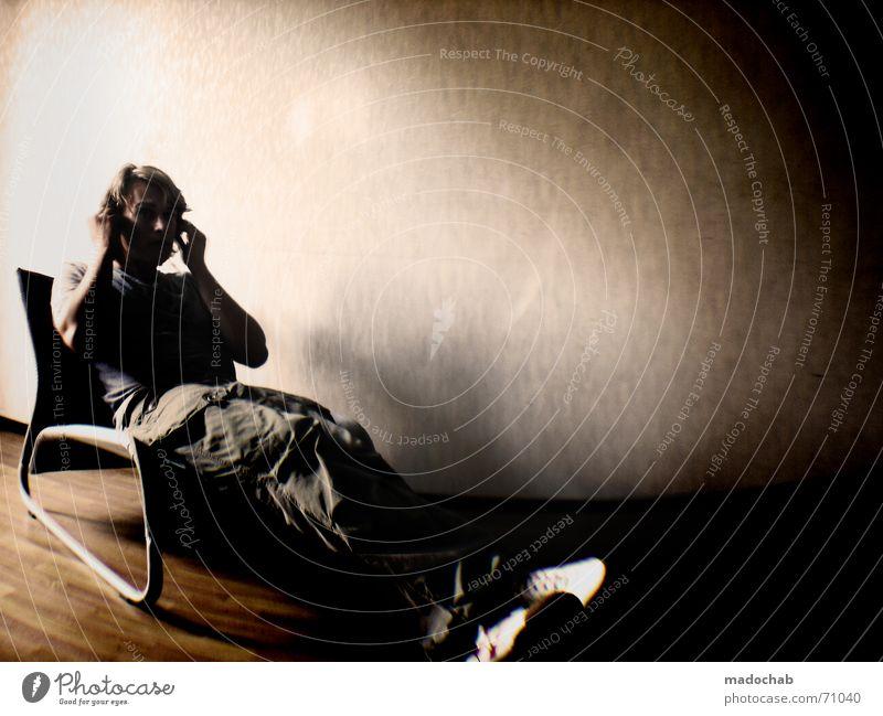 ACHTUNG-FERTIG-MIST | person people sitting room zimmer male Mensch Mann Einsamkeit Erholung Musik Raum sitzen Student trashig Typ Kopfhörer kommen Überraschung Sessel Schock langsam