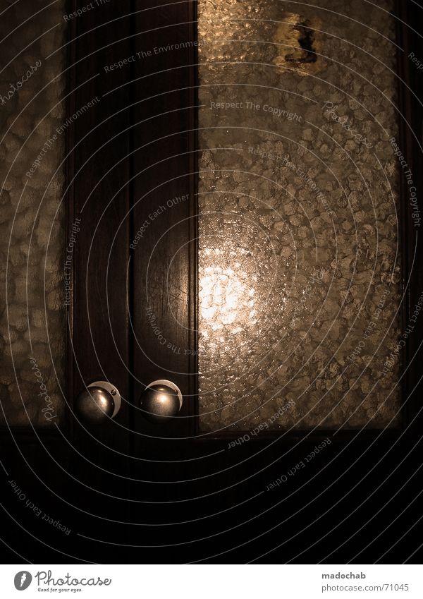 TRASHLIFT | aufzug tür door fahrstuhl lif elevator holz wood Fahrstuhl Etage Haus fahren einsteigen resignieren Holz dunkel Knauf Ziffern & Zahlen 3 old-school