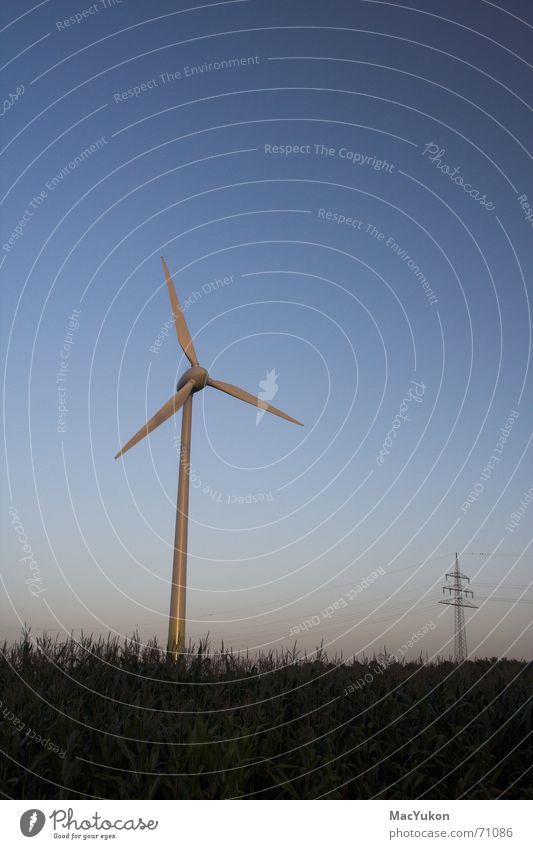 Energie Windkraftanlage Draht Generator Propeller Elektrizität Kraft Feld Nabe Energiewirtschaft growian Seil Rotor Strommast dynamo Mais Himmel Flügel Leistung