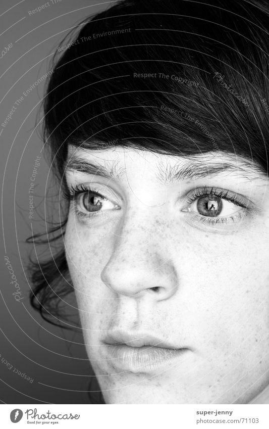 wach_02 schwarz weiß Frau Porträt dunkel Mensch Gesicht