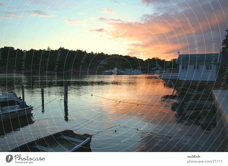 Gjestebrygge Wasser Meer Ferien & Urlaub & Reisen See Landschaft Wasserfahrzeug Hafen Segeln Steg Abenddämmerung Norwegen Skandinavien ankern