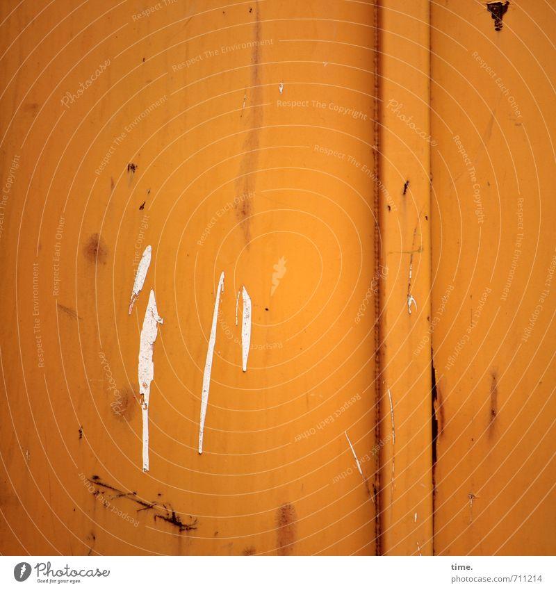 Halle/S.-Tour | Klecker auf Klotz Container Farbspur spritzen Rost Metall trashig orange Wahrheit authentisch Müdigkeit Unlust ästhetisch Design Inspiration
