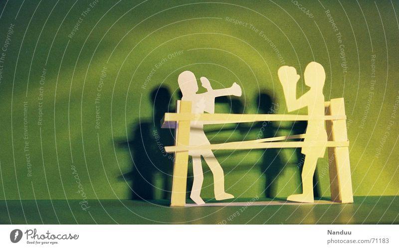 Schattenboxen grün Papier Kreis Lautsprecher Sportveranstaltung Konkurrenz Faust Basteln schlagen Kampfsport Boxsport