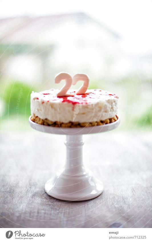 22 Joghurt Milcherzeugnisse Dessert Süßwaren Ernährung Festessen lecker süß Ziffern & Zahlen Geburtstagstorte Farbfoto Innenaufnahme Menschenleer Tag