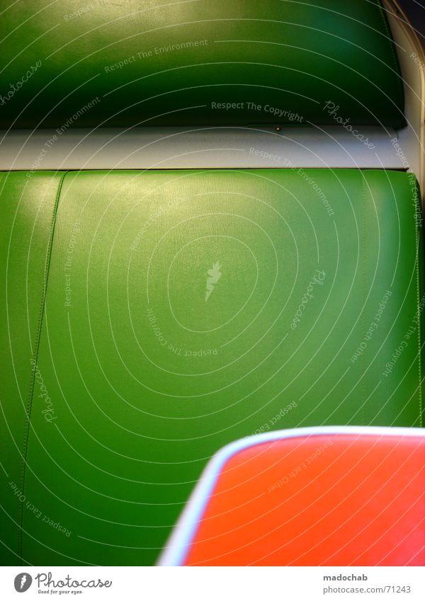 KOMBINATION   grün orange farben sitz bahn komplementär kontrast Kontrast grün Stil orange Eisenbahn sitzen retro fahren Mobilität Leder gemütlich schick Sessel Niederlande zusätzlich Ablage