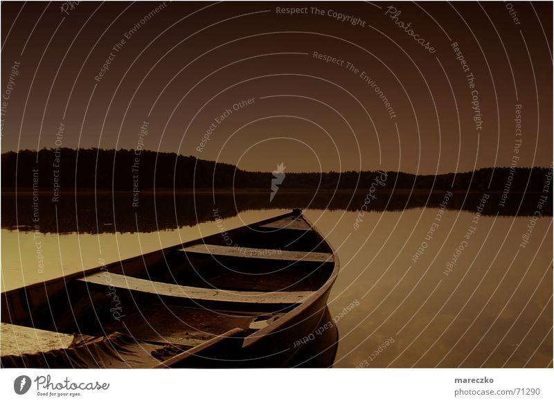Morgenstimmung Wasser ruhig See Wasserfahrzeug Romantik Segelboot Ruderboot Ruderer