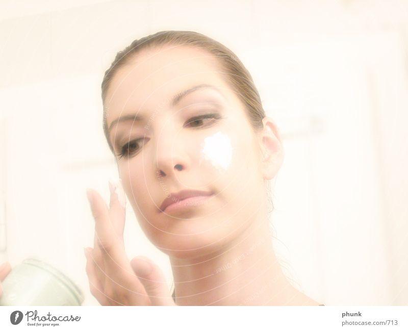 engelchen Frau schön Gesicht Farbe Gesundheit rosa Dame Kosmetik sanft Überbelichtung Porträt