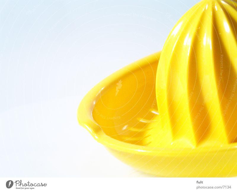 saftpresse gelb Statue Kunststoff Zitruspresse