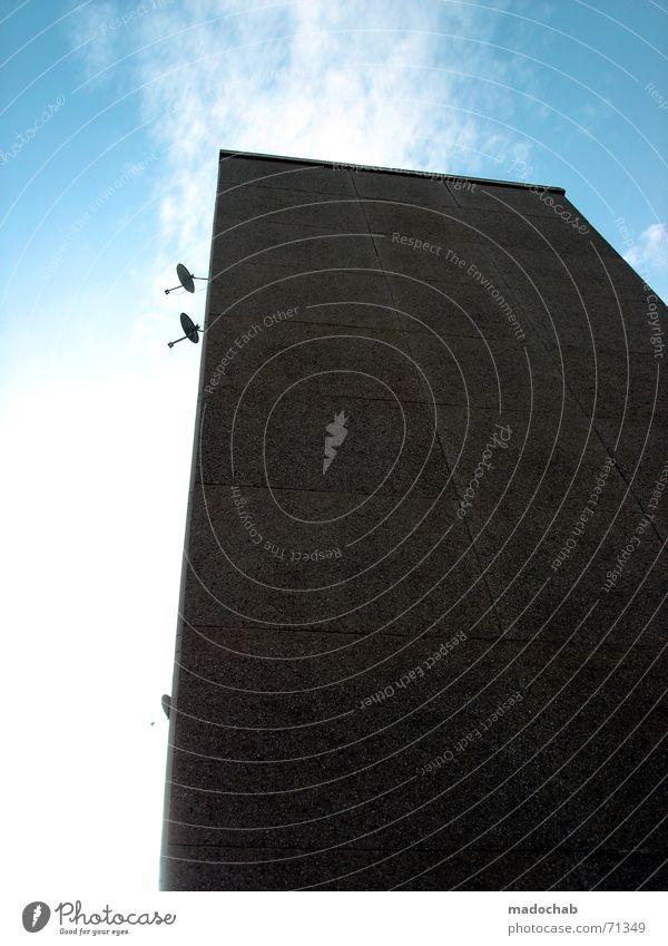 CONNECTING TO LIFE | hochhaus gebäude architektur empfangen Himmel Sonne Wolken Auge Wand Architektur Beleuchtung Hochhaus modern offen Perspektive Sicherheit trist Technik & Technologie Kommunizieren Telekommunikation