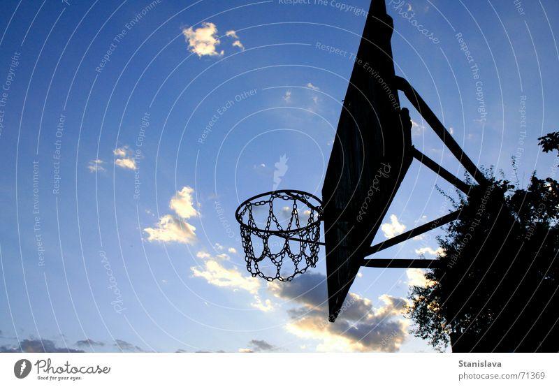 old basket Himmel Spielen Basketball Basketballkorb