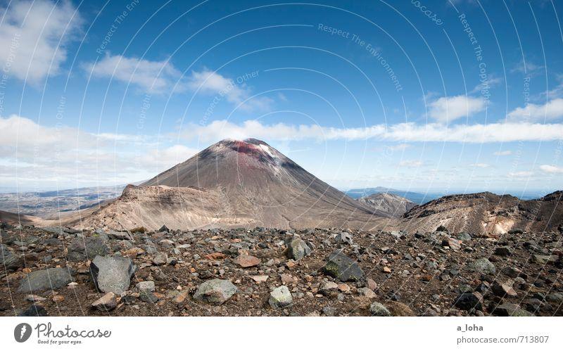 Auf den Spuren von Frodo. Umwelt Natur Landschaft Urelemente Erde Sand Himmel Wolken Horizont Herbst Schönes Wetter Felsen Berge u. Gebirge Gipfel Vulkan