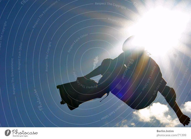 Street Style I Himmel Sonne Wolken springen Stil Skateboarding 2006