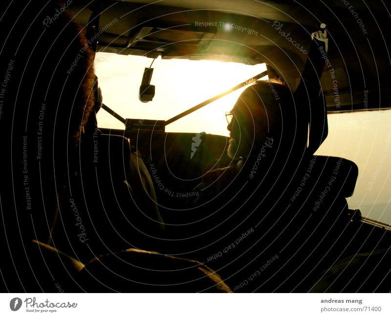 Cockpit Sonne Flugzeug fliegen hoch Luftverkehr gegen Pilot Fjord Abdeckung