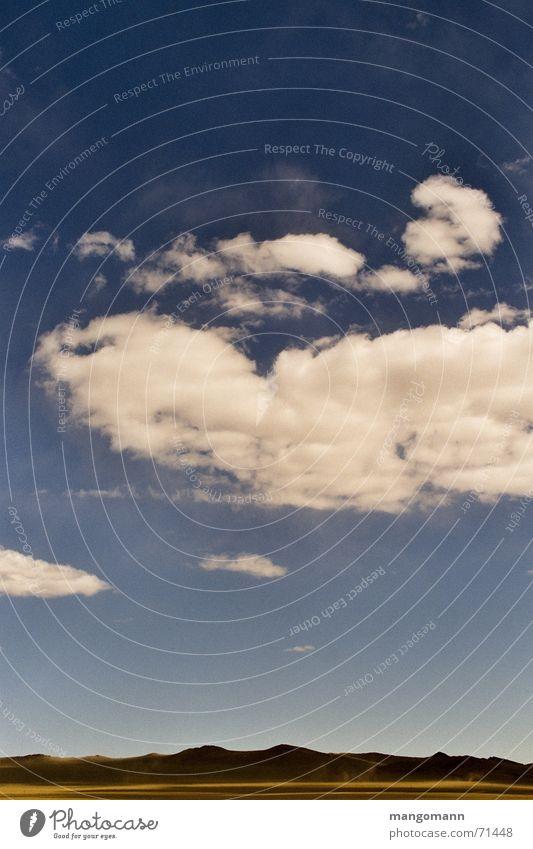 mongolische Steppe Himmel blau Wolken Berge u. Gebirge Landschaft Asien Steppe Mongolei