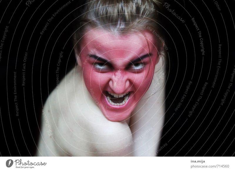 lauf! Mensch Jugendliche weiß rot Junge Frau 18-30 Jahre schwarz dunkel Erwachsene feminin Feste & Feiern bedrohlich Wut gruselig Gewalt Konflikt & Streit
