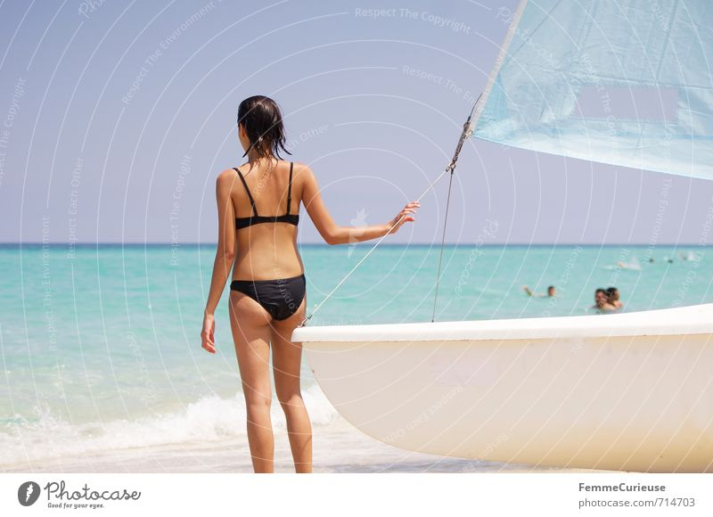 Beach Time! (XII) feminin Junge Frau Jugendliche Erwachsene 1 Mensch 13-18 Jahre Kind 18-30 Jahre Zufriedenheit Erholung erleben Abenteuer Segeltörn Segeln