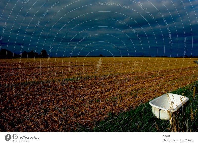 Freibad weiß grün blau Wolken Wiese Herbst Feld Bad Ernte Gewitter Badewanne