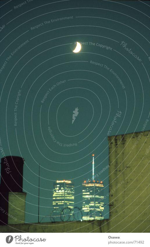 || || Himmel Nachthimmel Mond New York City Stacheldraht Halbmond World Trade Center