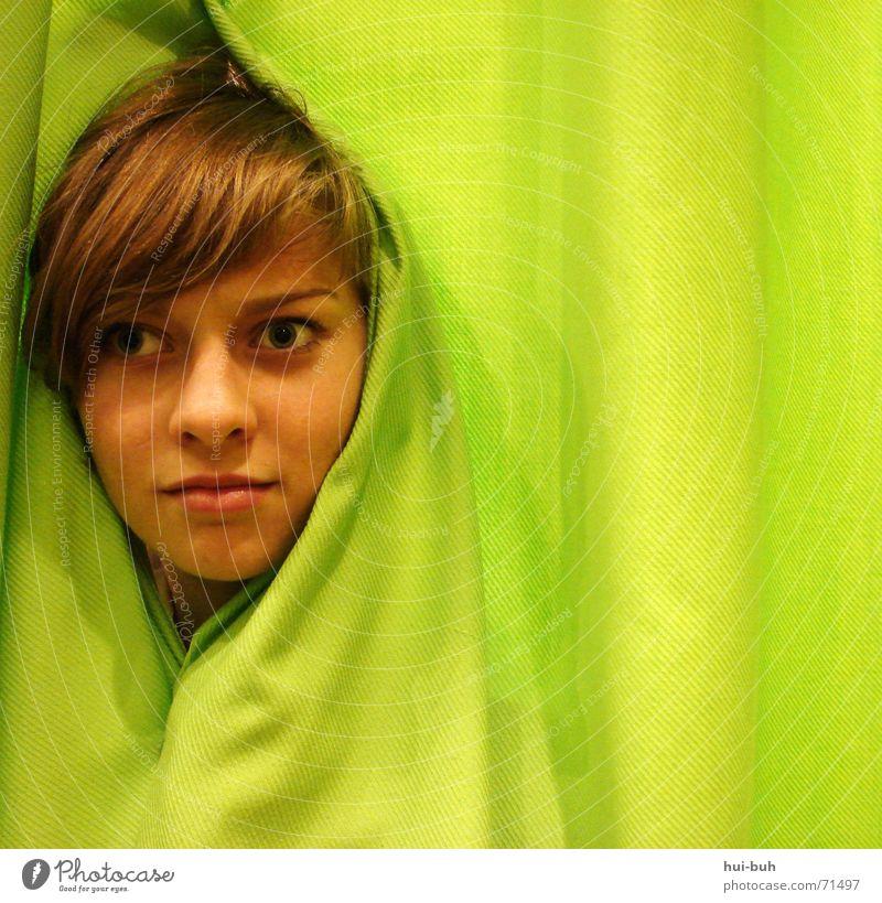 wo bin ich denn jetzt gelandet ? Mensch grün Kopf leer Falte Quadrat Vorhang Verzweiflung Schicksal Entsetzen Irrgarten Verständnis begreifen Ironie