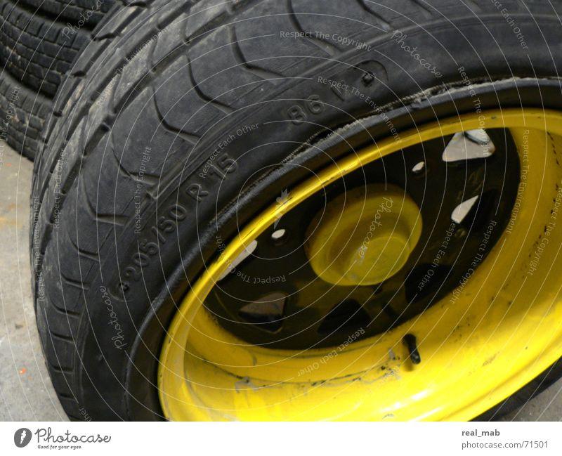 Reifenplatzer Ente Schaden