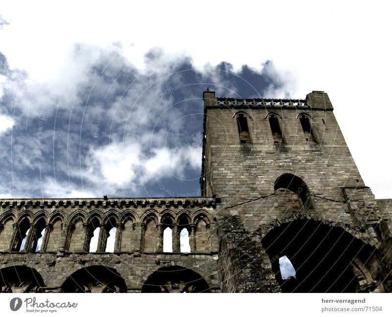 Schottland I Himmel Wolken Einsamkeit Stein Religion & Glaube Perspektive Ruine Zerstörung Schottland schlechtes Wetter