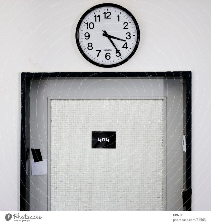 fünfundzwaaanzignachdrei schwarz Glas Tür Schilder & Markierungen Uhr Atelier Klebstoff Uhrenzeiger
