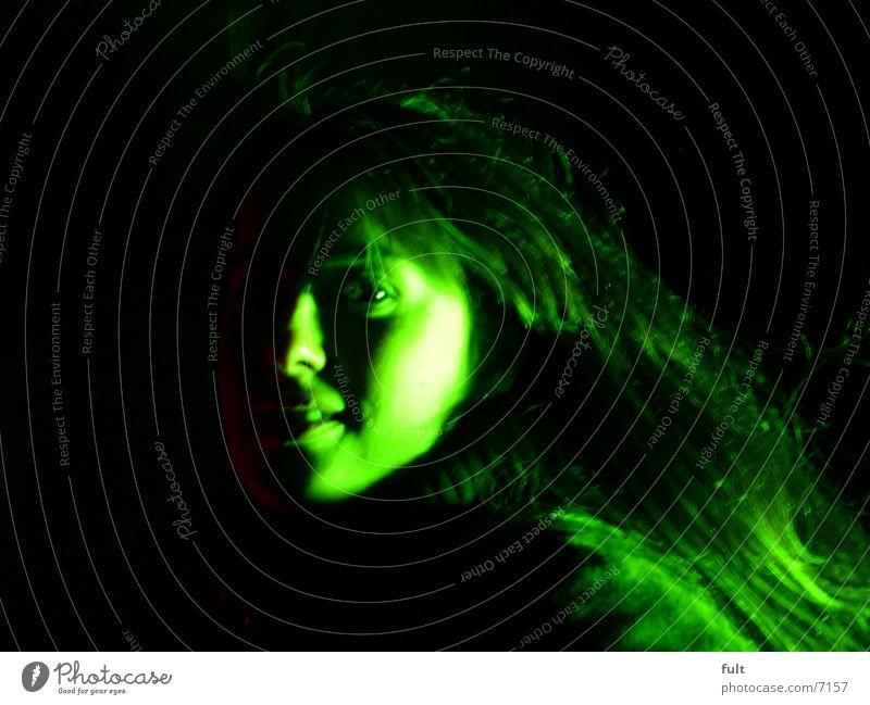 gesicht Frau grün Gesicht Auge Mund Nase Wange Nachtaufnahme
