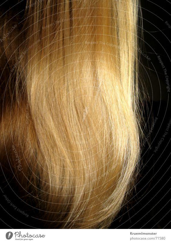 Rapunzel, lass dein haar hinunter^^ Haare & Frisuren Wellen glänzend blond lang Glätte wellig Feldsalat