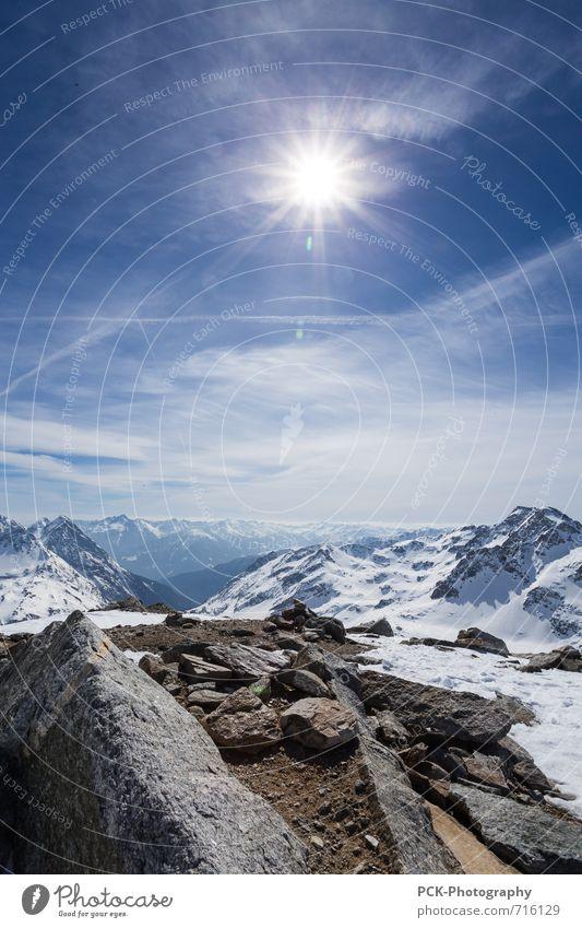 Bergausblicke Natur Landschaft Himmel Horizont Sonne Sonnenlicht Felsen Alpen Berge u. Gebirge Gipfel Schneebedeckte Gipfel Gletscher Abenteuer Einsamkeit