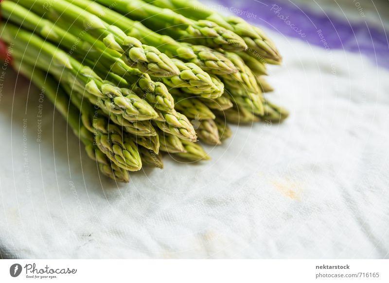 Frischer Spargel Gemüse Salat Salatbeilage Ernährung Büffet Brunch Bioprodukte Vegetarische Ernährung Diät Gesunde Ernährung Essen frisch Gesundheit healthy