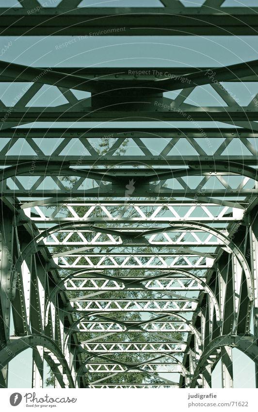 Brückenkonstruktion Himmel Baum Seil Brücke Fluss Stahl Konstruktion Hannover Symmetrie Niedersachsen