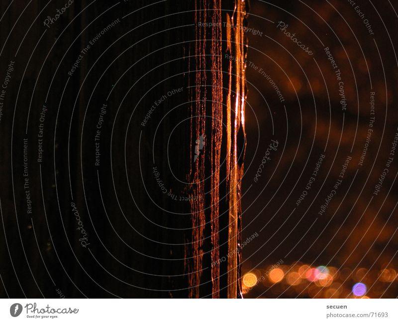 Verlauf Baum Licht Baumrinde schwarz dunkel Schatten Strukturen & Formen Versteck