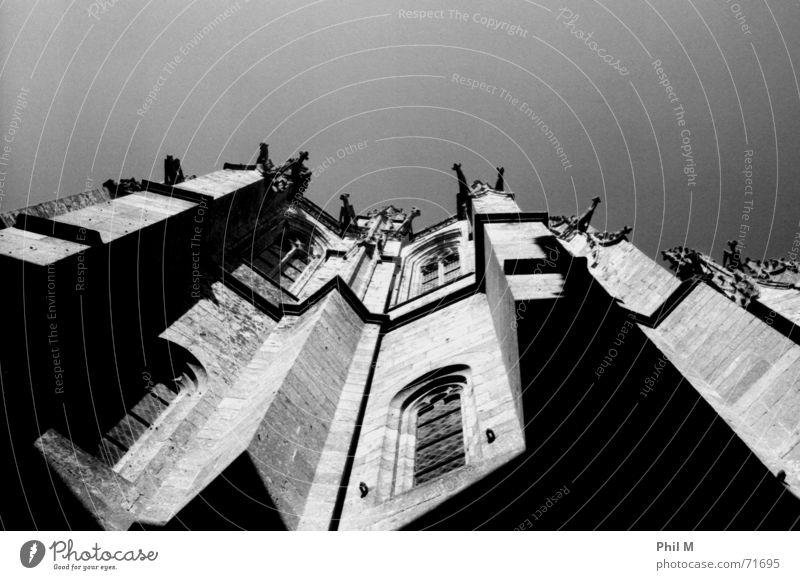 Saint Michel IV schön alt Himmel weiß Stadt schwarz Religion & Glaube Architektur Europa Frankreich heilig diagonal Gotik Kathedrale