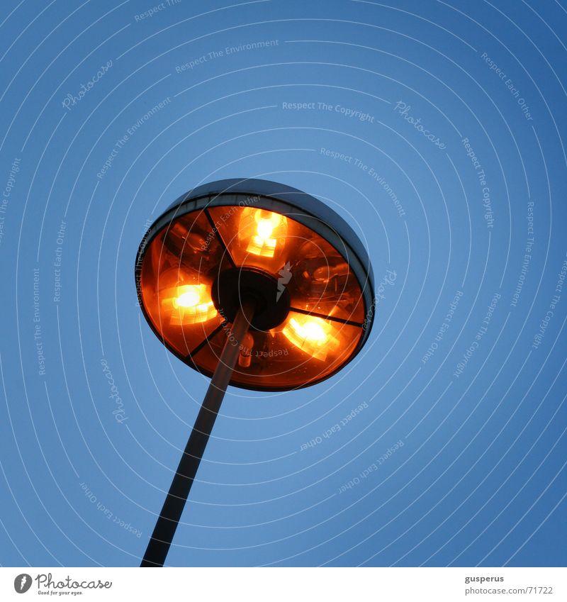 {erleuchtung } Lampe hell Beleuchtung Laterne erleuchten Glühbirne Erkenntnis